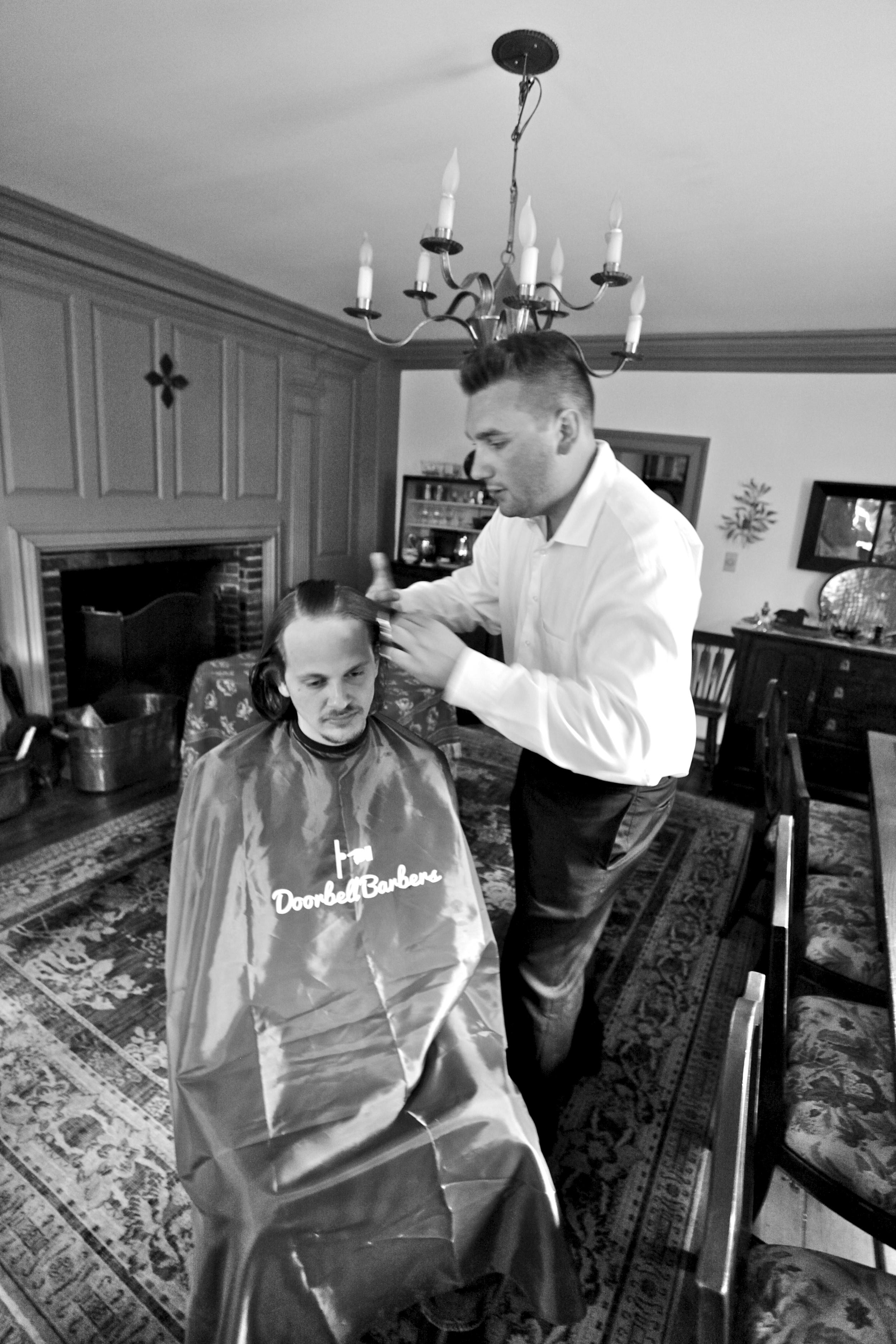 Doorbell Barbers On Demand In Home Mens Barber Service
