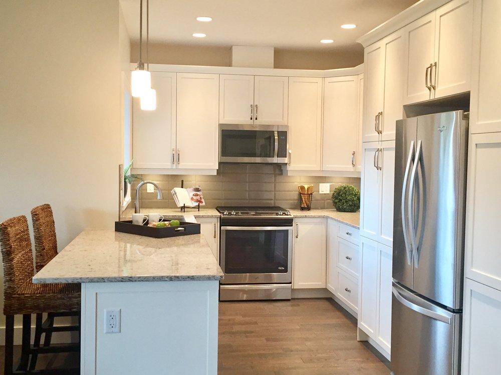607_Kitchen.jpg