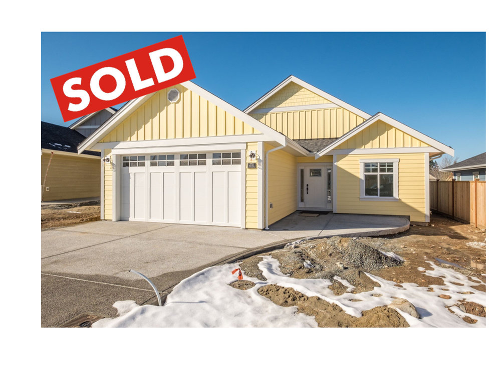 615_exterior_front_SOLD.001.jpeg