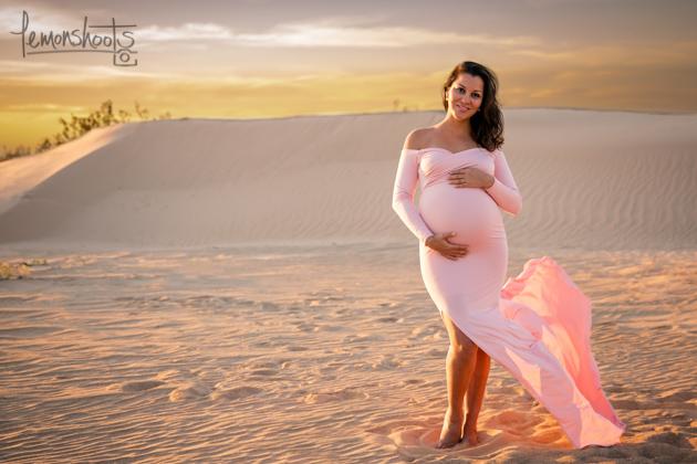 pregnant mama posing on the desert