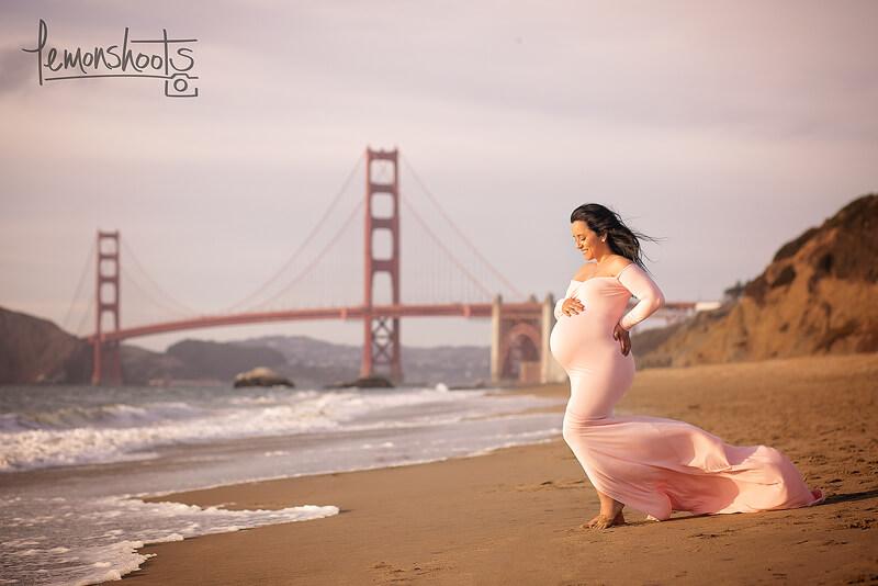 Maternity Baker Beach.jpg