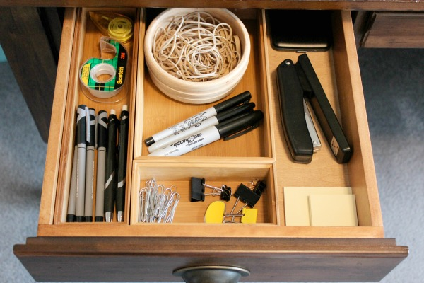 Organized-Office-Desk-Drawer.jpg