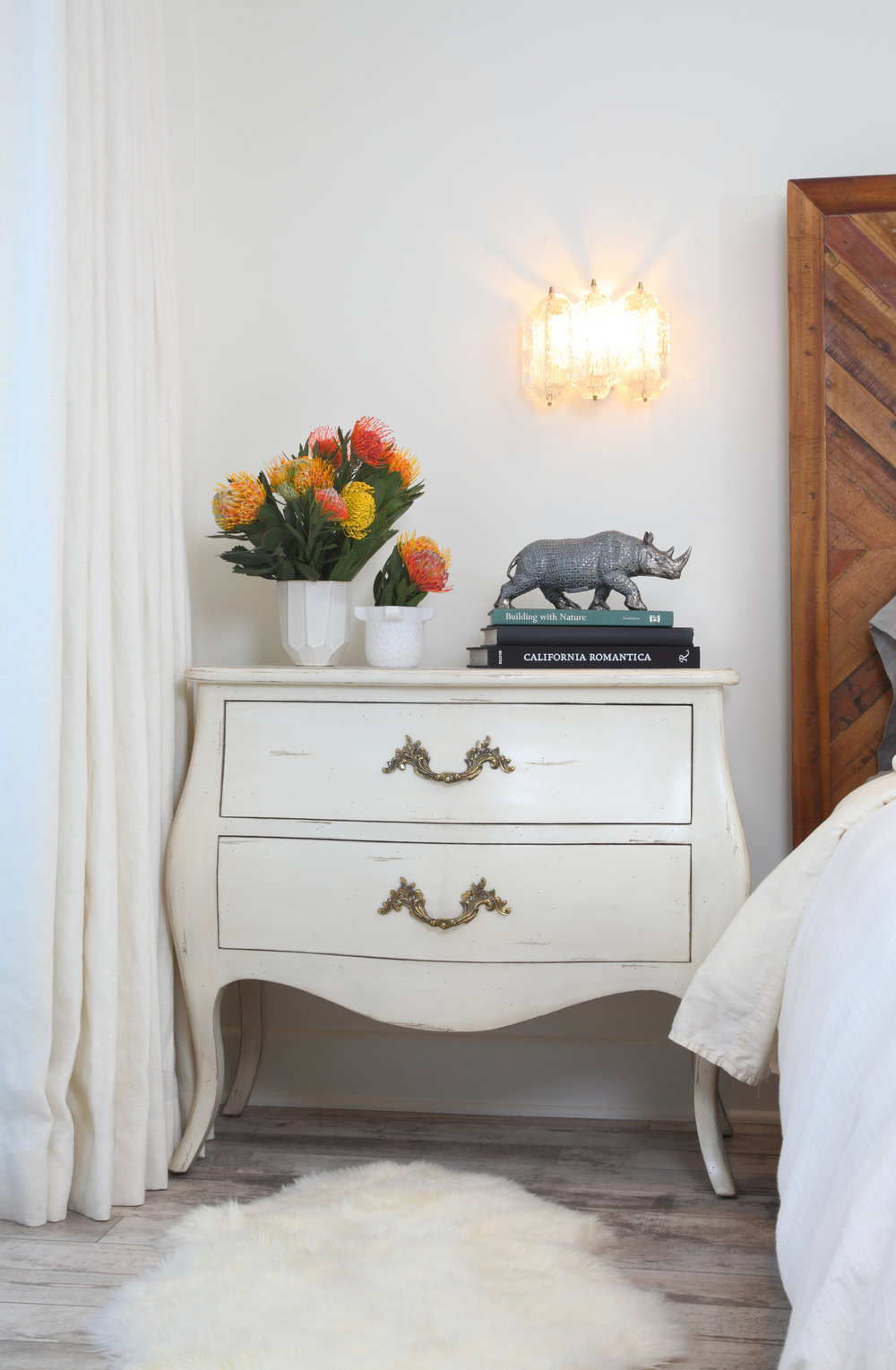 Sarah-barnard-design-modern-bedroom-nightstand.jpg