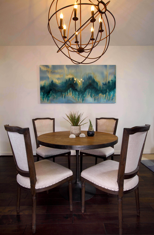 Sarah-barnard-design-modern-bachelorpad-diningroom.jpg