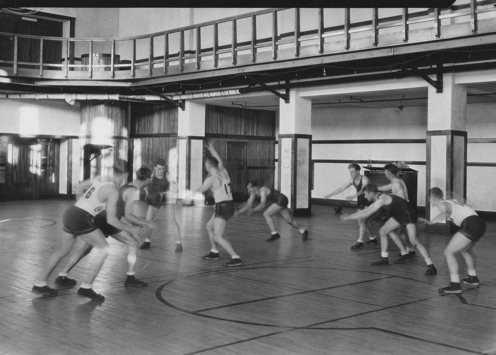 Varsity basketball squad, 1929-30
