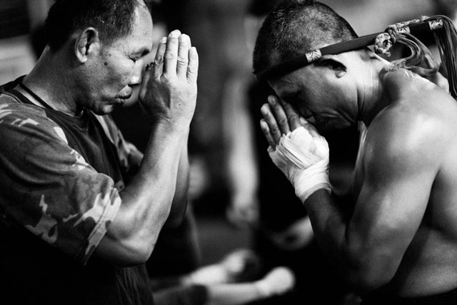 ajahn-suchart-muay-thai-fight.jpg