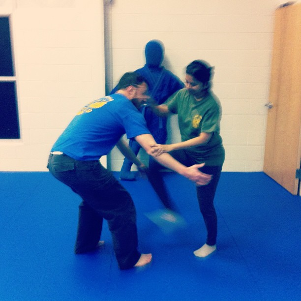 Darshana works the B's knees, while an approving Fernando looks on…