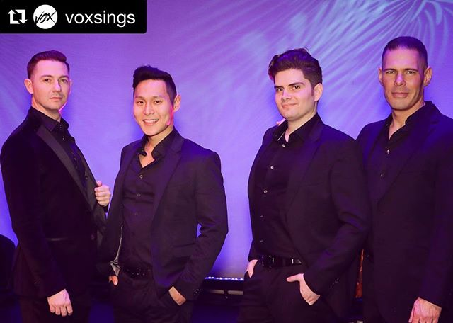 #Repost Check out more photos over at @voxsings! ・・・ Happy #firstdayofspring! We are excited to share some wonderful shots of our recent concert at the Palm Springs Opera Guild's 50th Anniversary Gala at the @psartmuseum! Thanks for having us sing for and meet your incredible patrons! #palmsprings #voxsings #gala #opera #manband