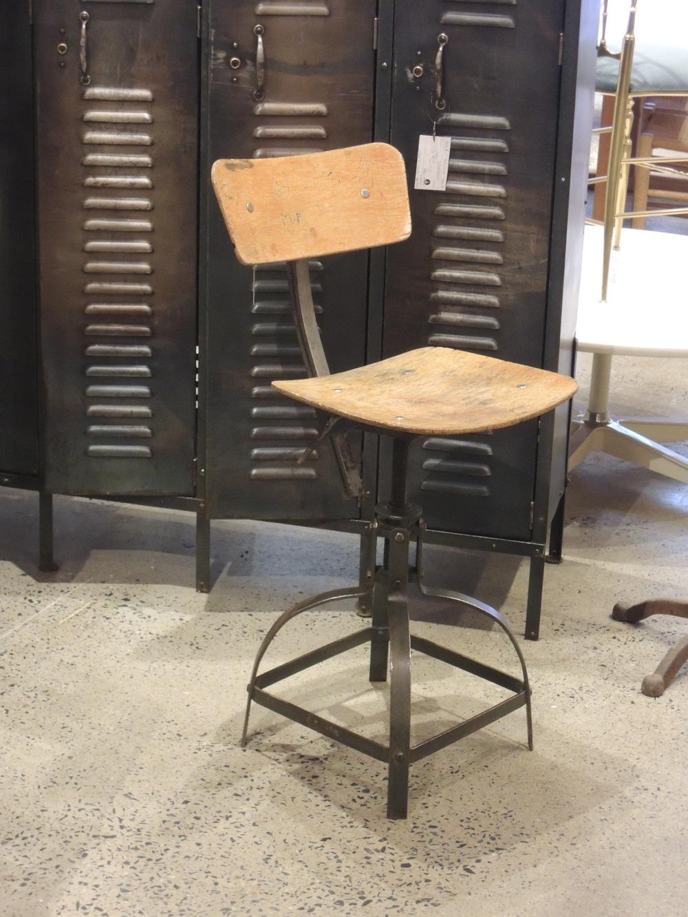 Chaise Industrielle Datelier BIENAISE Vintage C 776
