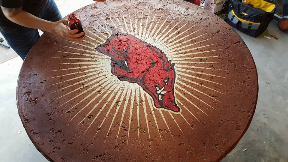 Razorback Tablepic6.jpg