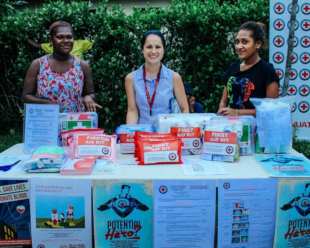 Vanuatu Red Cross First Aid Coordinator Nikita with some volunteers. Source: Edwina Yeates
