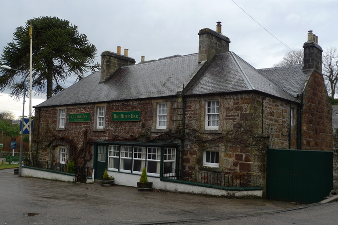 The Golspie Inn - photo courtesy Colin Baird, www.cyclingscot.co.uk