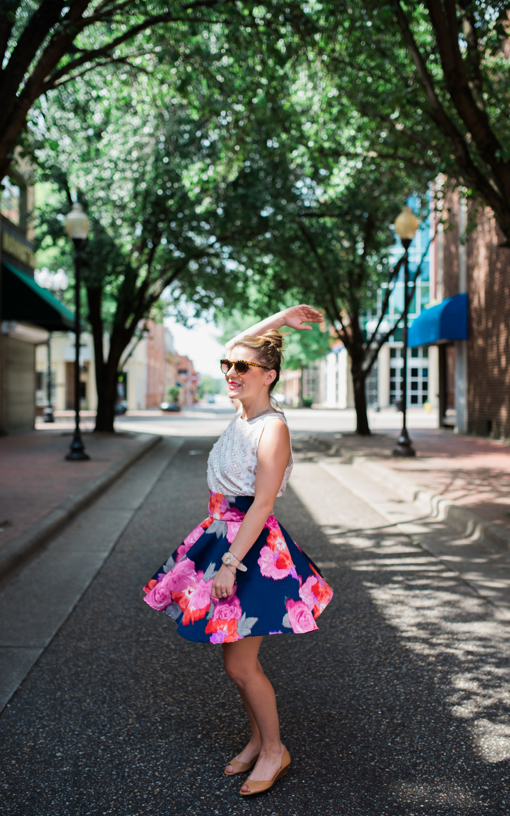 Kelly + Downtown Fayetteville // www.SavannahAshleyPhotography.com