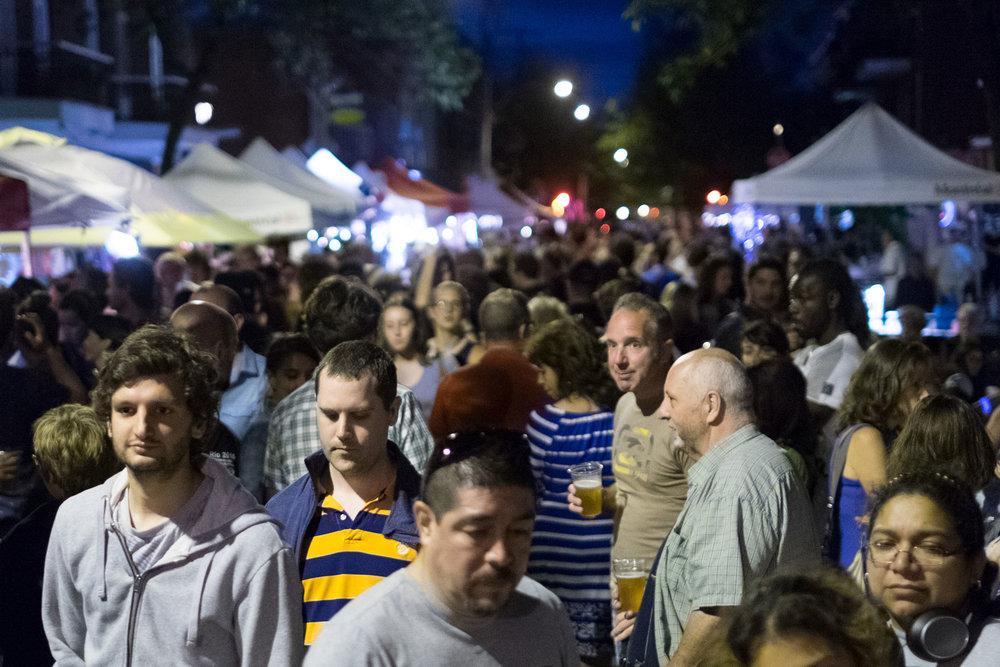 Le 24 juin, rue de Castelnau, avant le spectacle de Dumas.