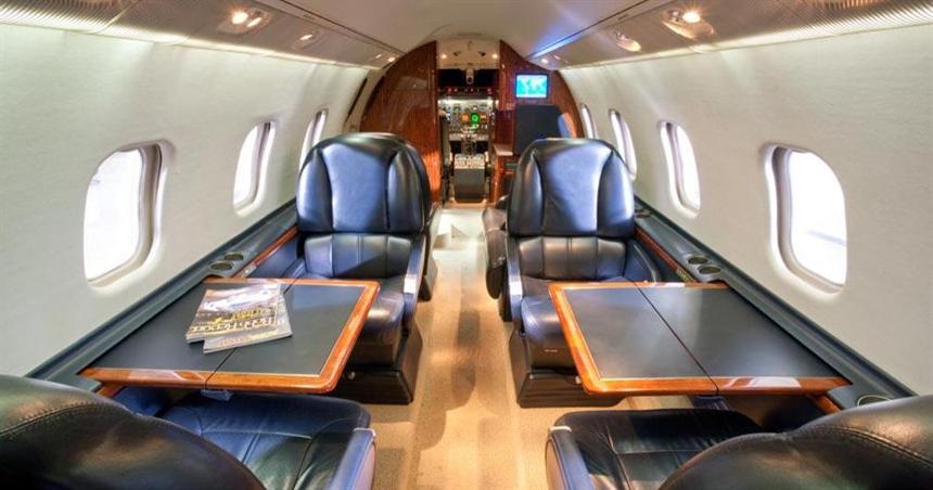 Lear 60 -Interior.jpg