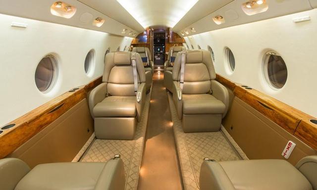 Air7G200Cabin2.jpg