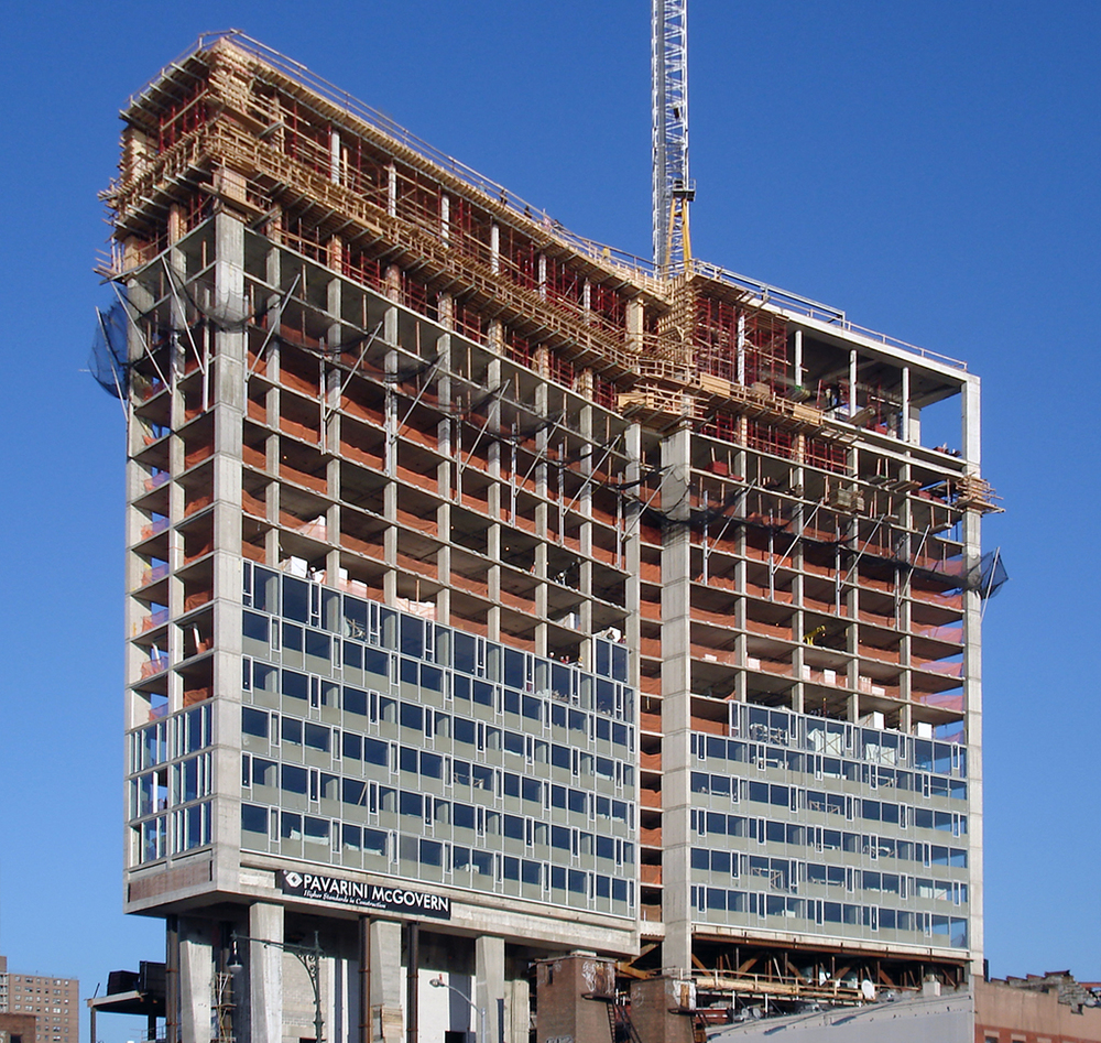 The Standard Highline under construction in November 2007