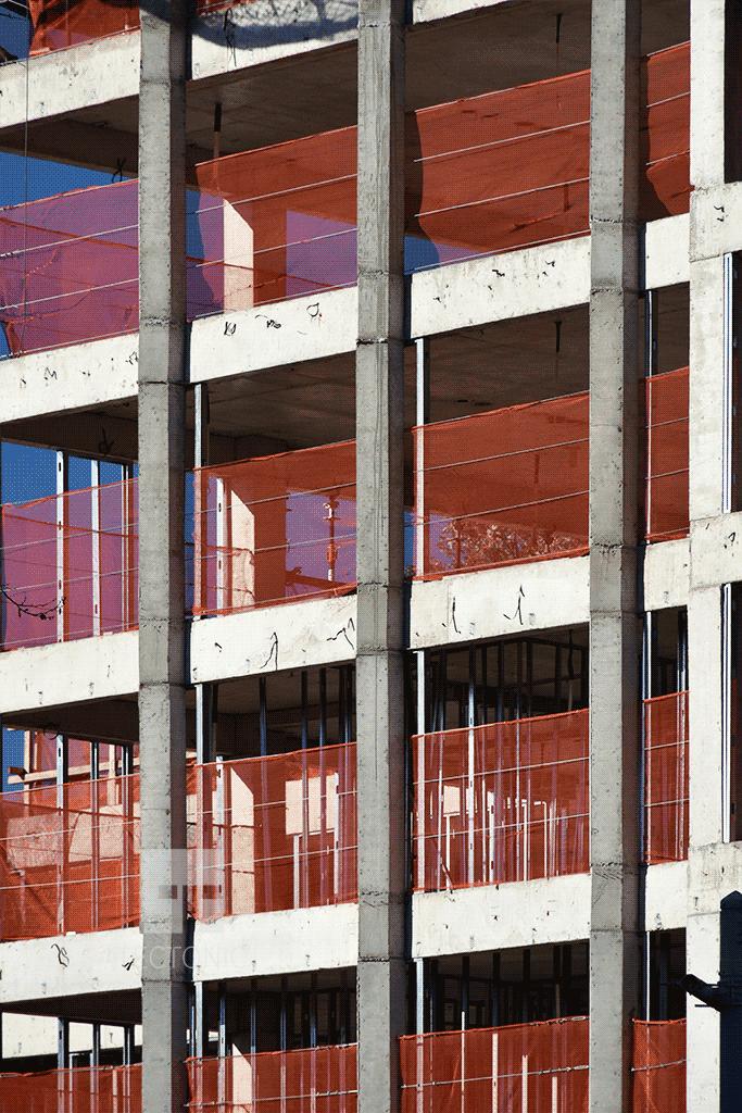 Columns along 11th Street