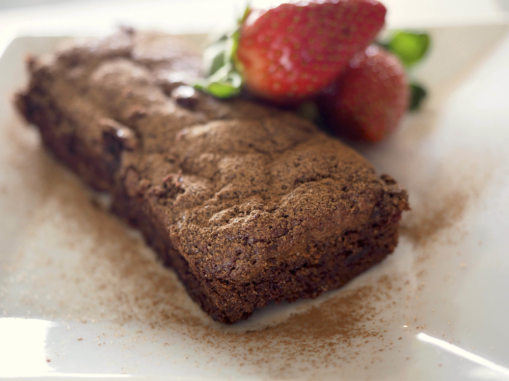 FLOURLESS CHOC BEETROOT BROWNIE