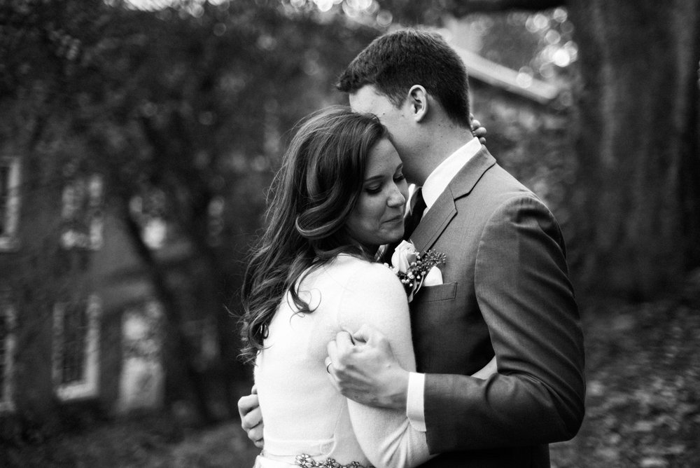 Siousca_Photography_Philadelphia_wedding_photographer_the_washington_historic_yellow_springs_wedding_39.jpg