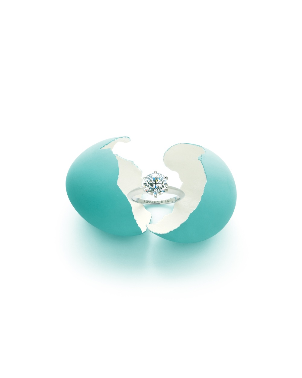 The legendary Tiffany® Setting rests in a robin's egg, which is said to have inspired Tiffany's famous color - photo credit Carlton Davis