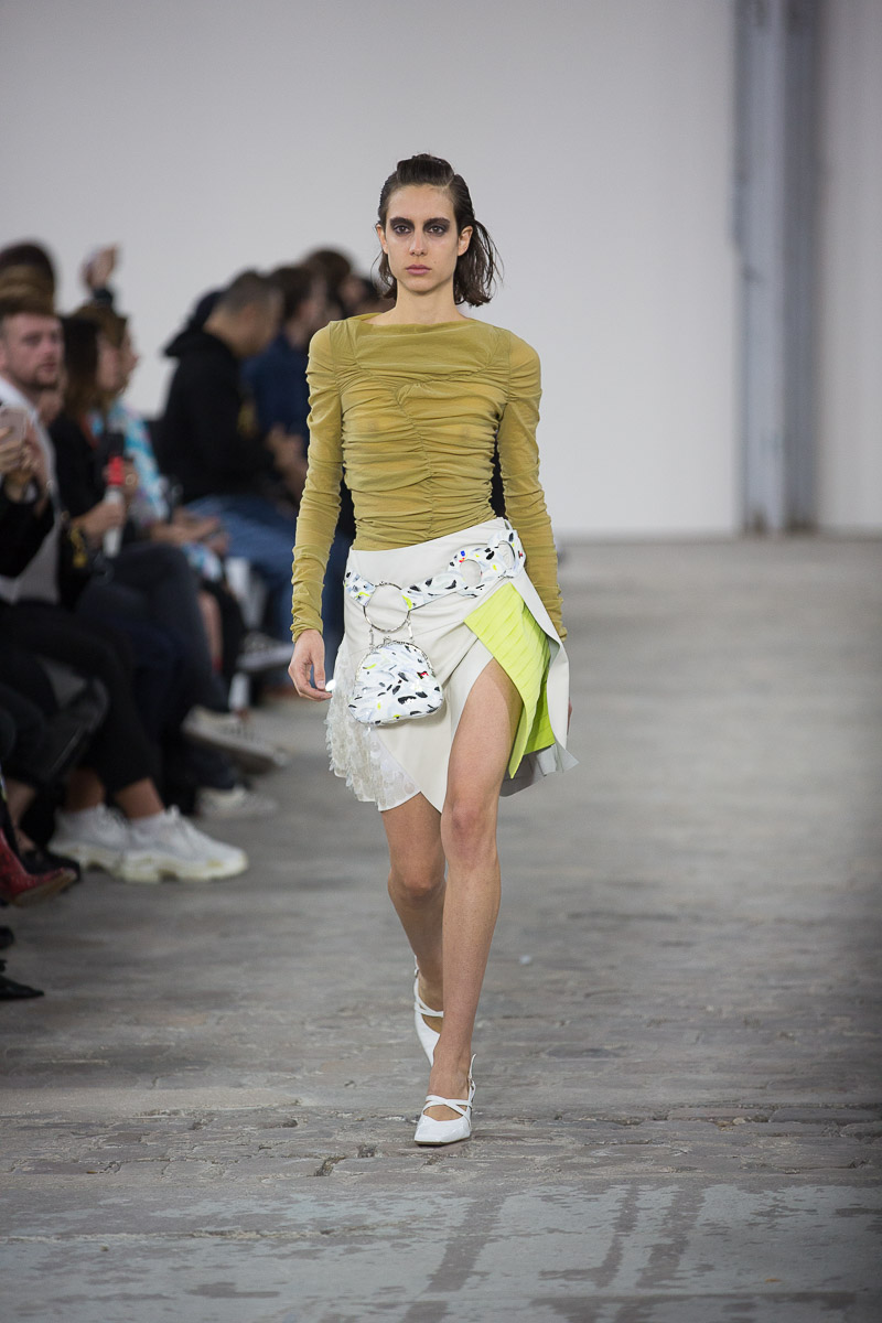 trends paris ss19 fluo.jpg