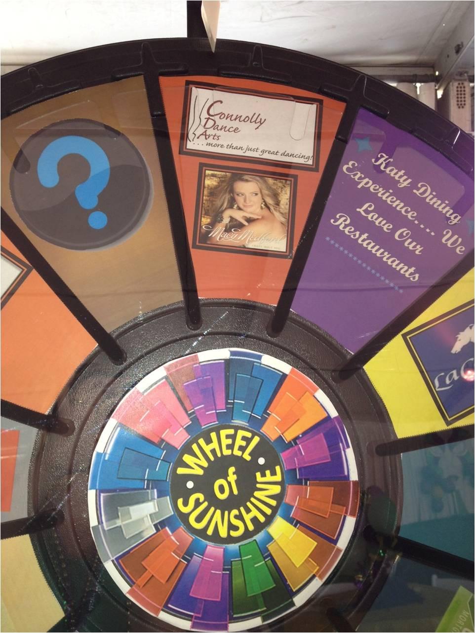 Macy_Medford_Prize_wheel_1