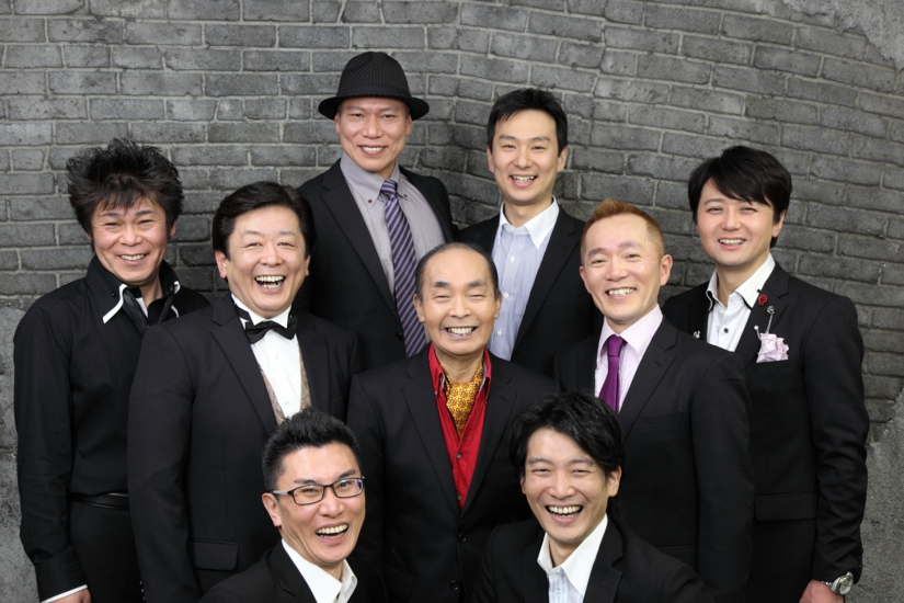 The full troop of the Newspaper, in this interview we talked to Hamada Taichi (black shirt) and Yamamoto Tenshin (purple tie).
