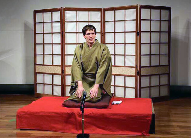 Sanyutei Jubei took the rare step as a foreigner and joined the ranks of professional rakugo performers.