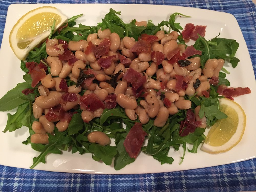 Warm Cannellini Salad With Prosciutto. Healthy protein source and a great brown bag lunch alternative!