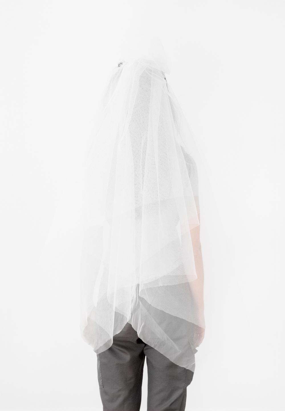 """Katarzyna Majak, """"Veil"""" (2009)"""