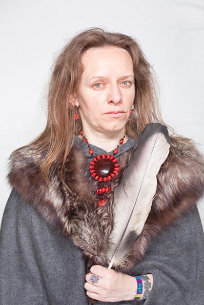 "Katarzyna Majak, ""7 bea herb healer"