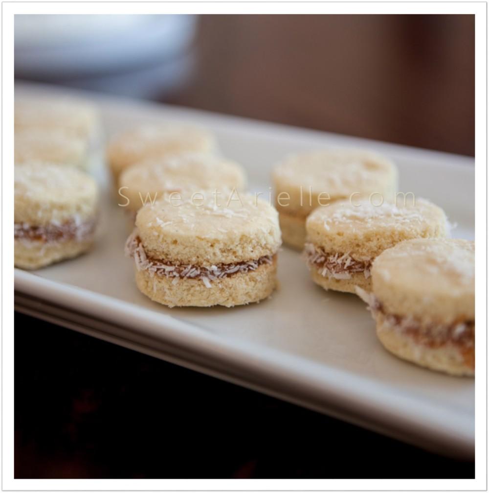 Alfajores Cookies 2.jpg