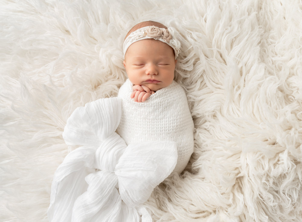 Newborn sleeps for Photographer in Queen Creek Arizona