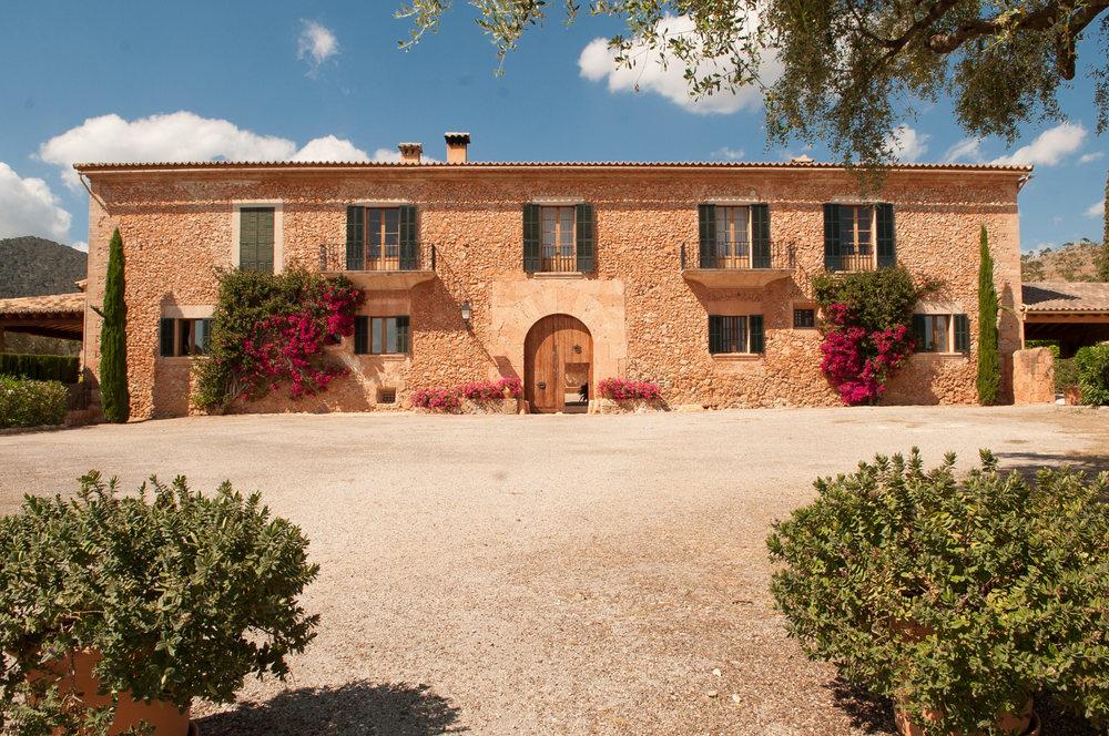 tuscany-wedding-planners-mallorca-01.jpg