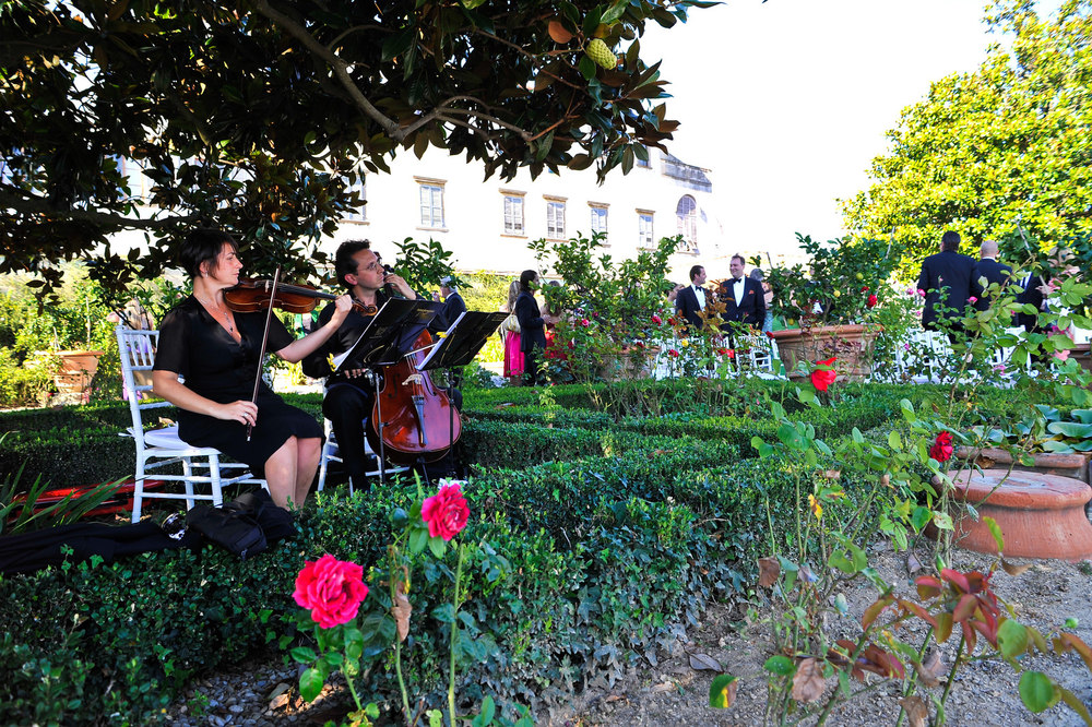 tuscany-wedding-planners-entertainment-03.jpg
