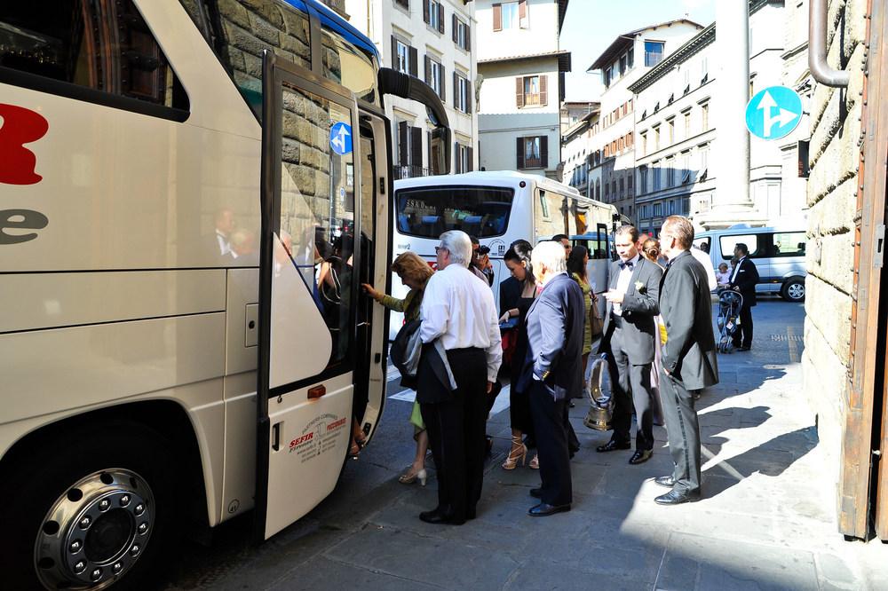 tuscany-wedding-planners-chauffer-01.jpg