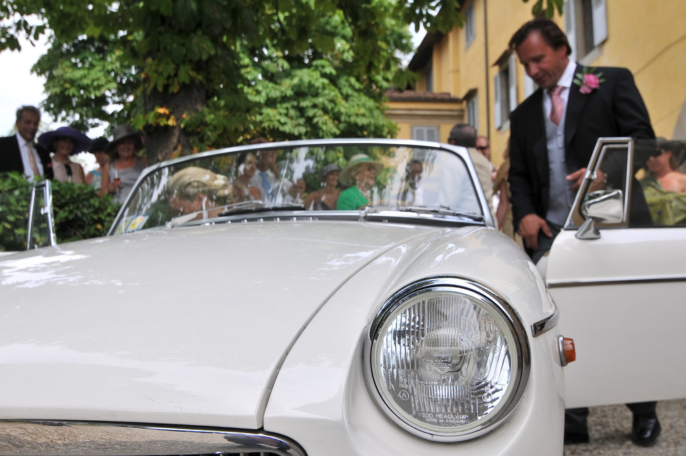 tuscany-wedding-planners-chauffer-06.jpg