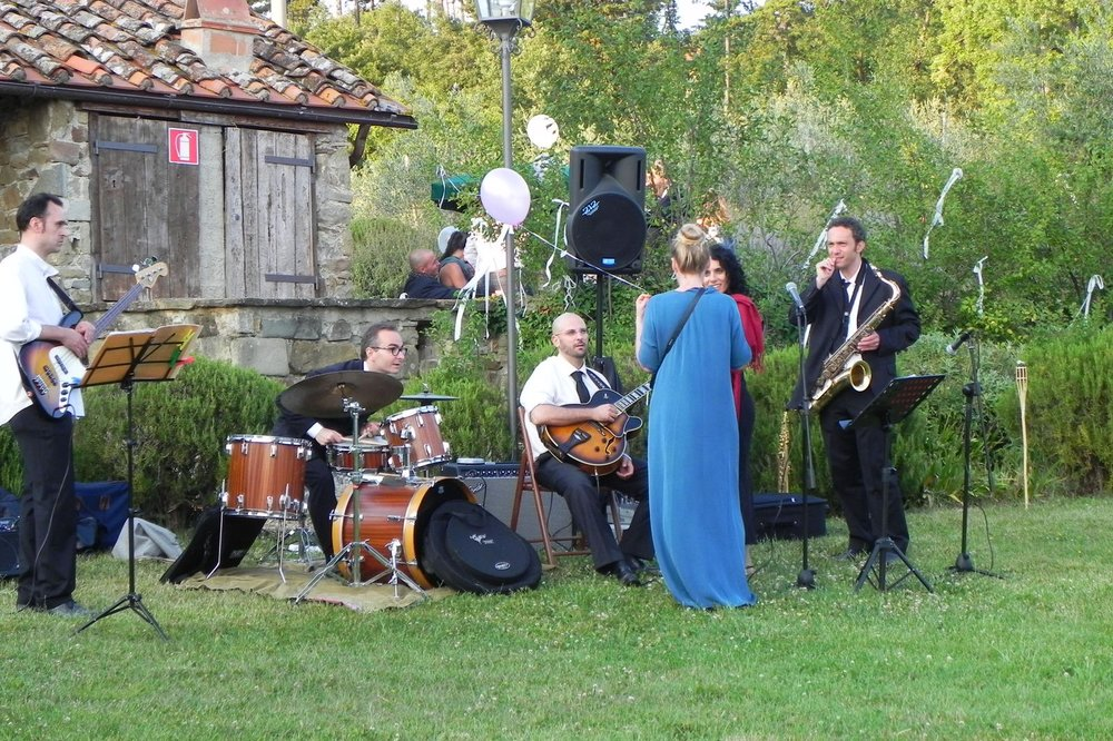 tuscany-wedding-planners-entertainment-16.JPG
