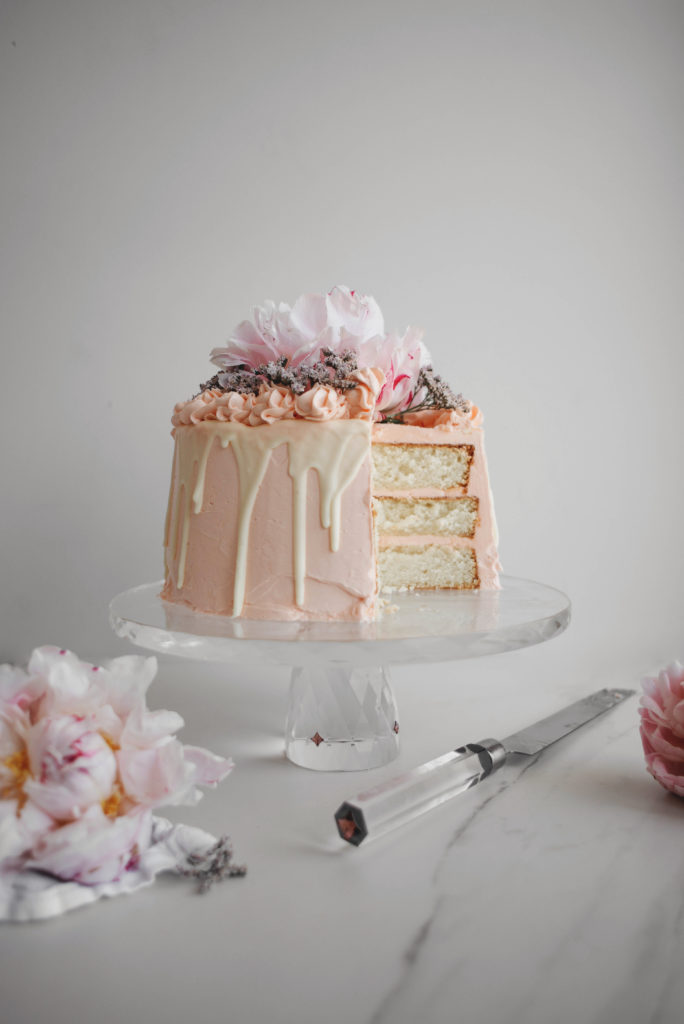 PINK CHAMPAGNE, WHITE CHOCOLATE AND ROSE LAYER CAKE - BUTTER & BRIOCHE