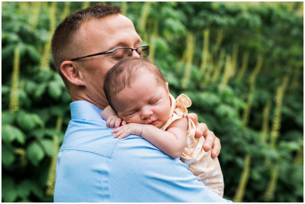 emily grace photography, lancaster pa, family portrait, lifestyle photographer