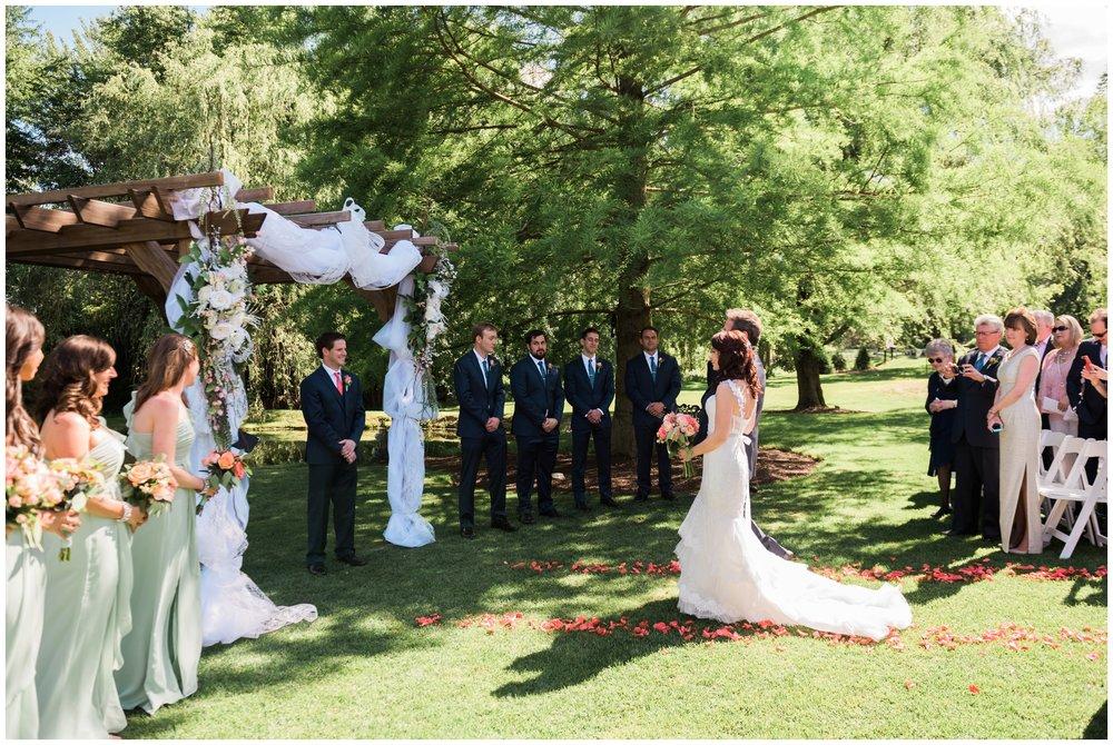 emily-grace-photography-historic-acres-of-hershey-wedding_0021.jpg