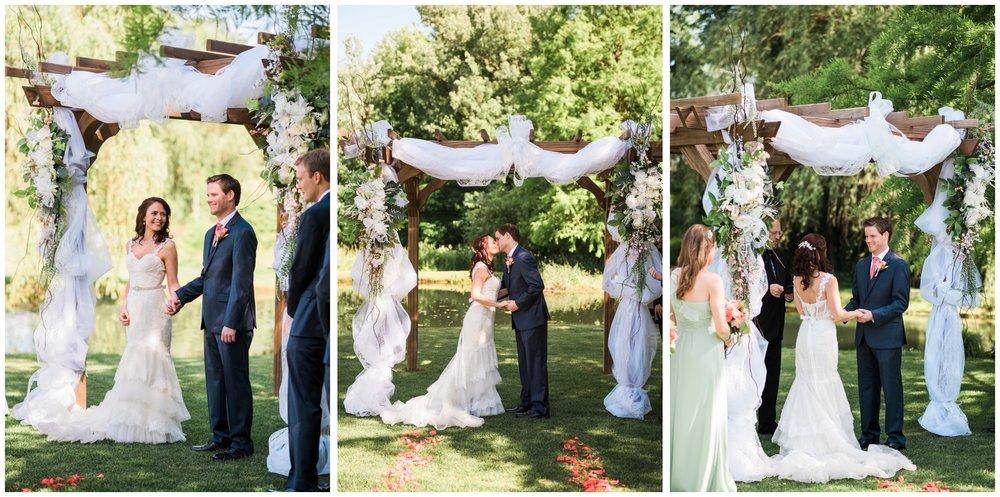 elizabehtown-pa-wedding-photographer-historic-acres-of-hershey_0002.jpg