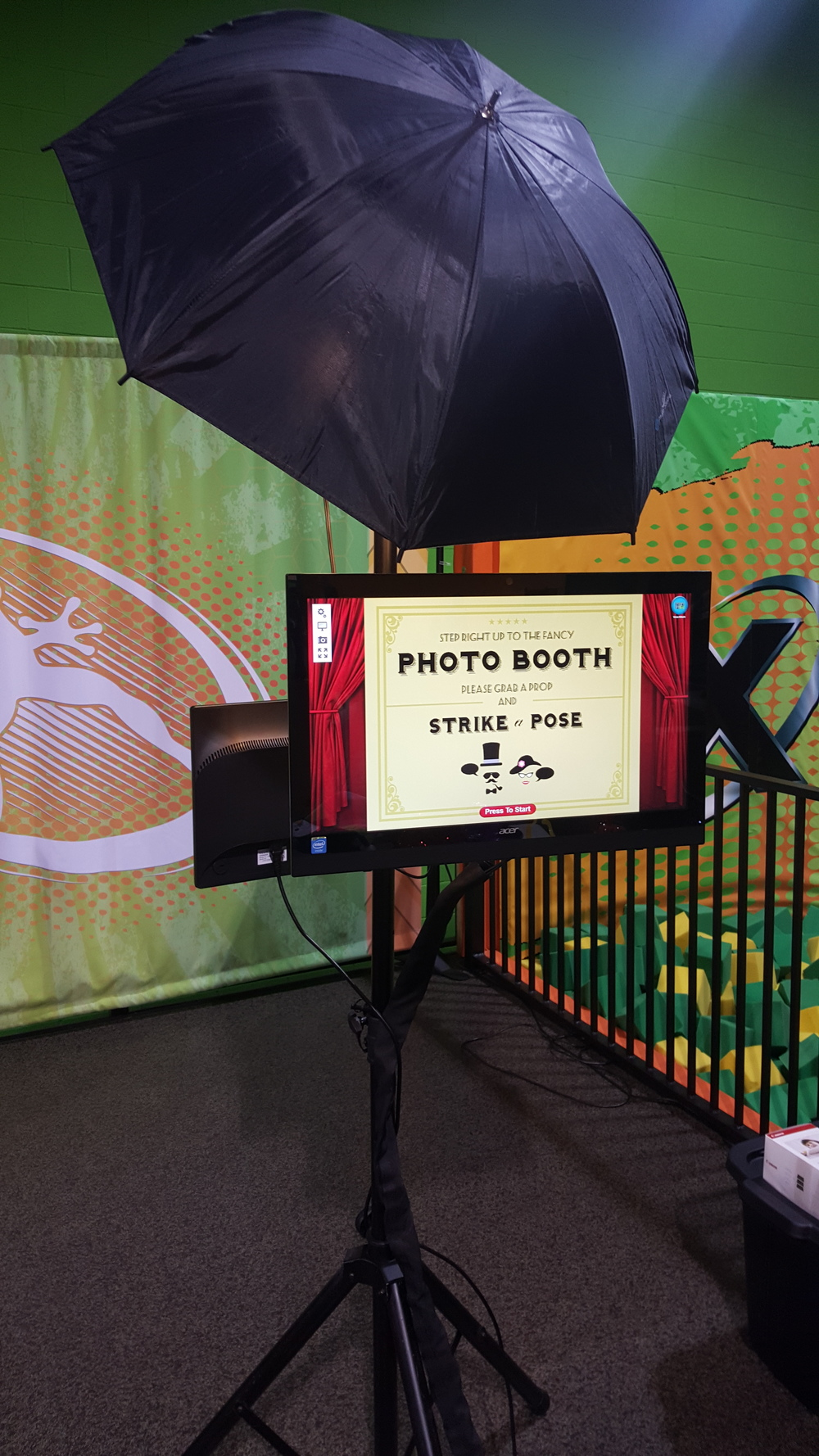 Freestanding Open Photo Booth Fits anywhere and goes anywhere!