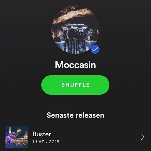 Lystring! Idag släpper Moccasin sin nästa singel 'Buster'! Håll i skägget! 🥊🚔