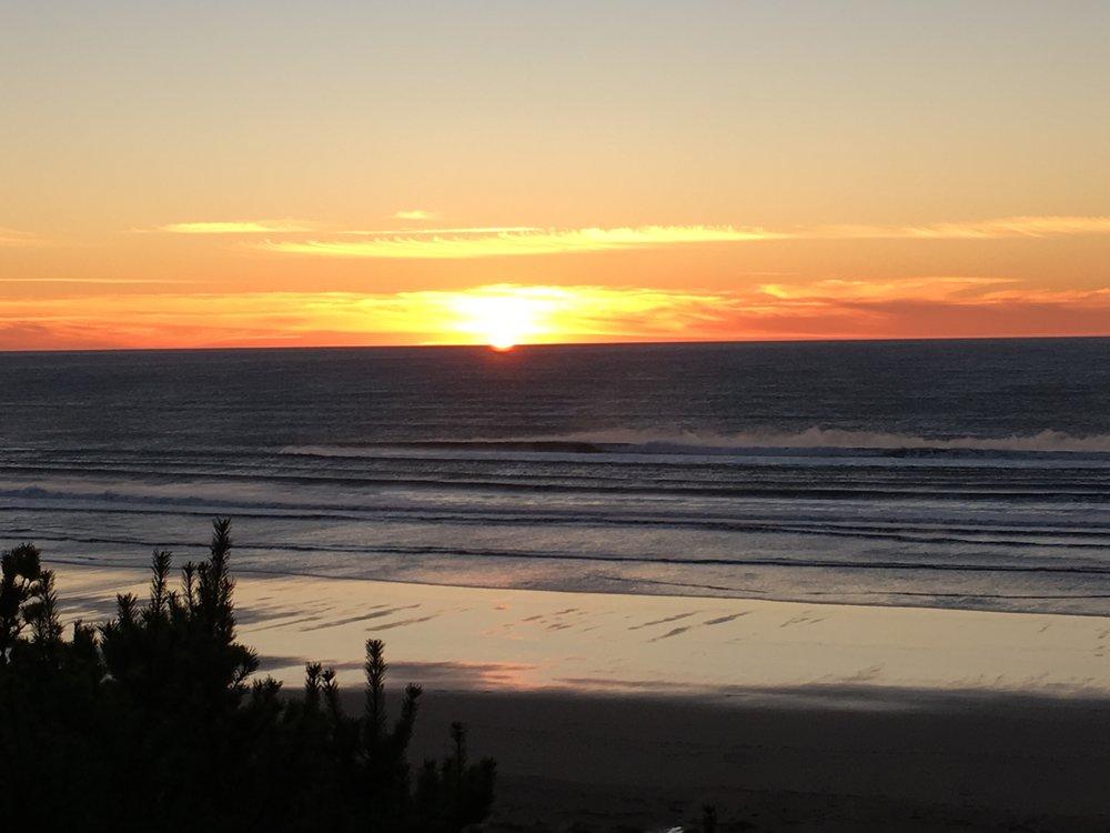 Manzi sunset.jpg
