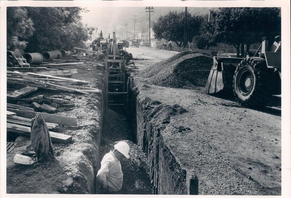 Lindaro Street Underground 1972 - San Rafael, Ca