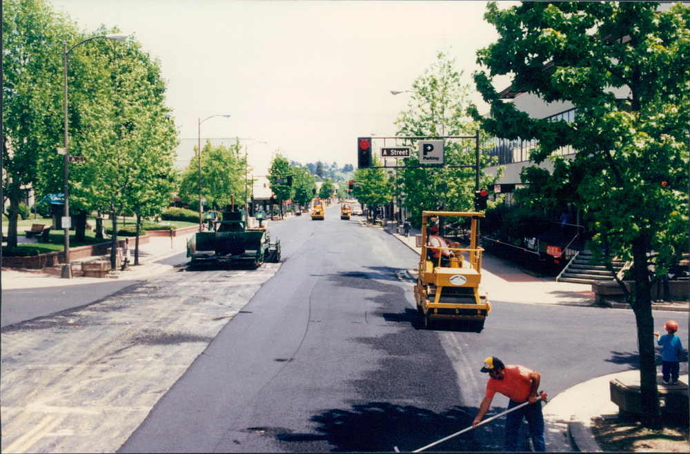 01 - 4th st pave.jpg