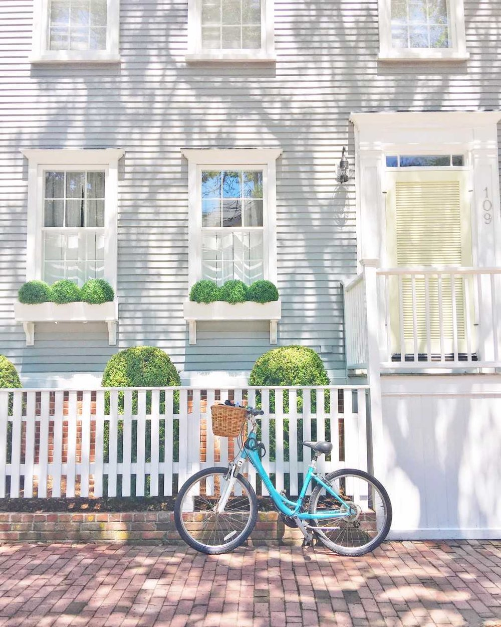 Propped my bike against the cutest home for a little photo op.