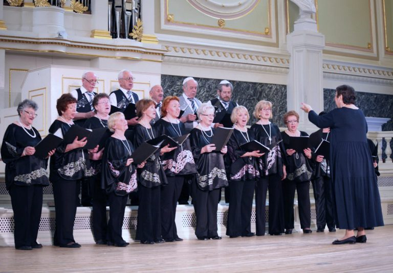 """Choir of Jewish Song Lovers """"Eva"""" (Saint Petersrburg, Russia)"""